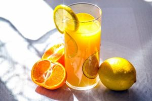 how to use a citrus juicer
